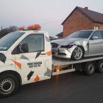 Samochód po wypadku – sprzedać czy naprawiać?