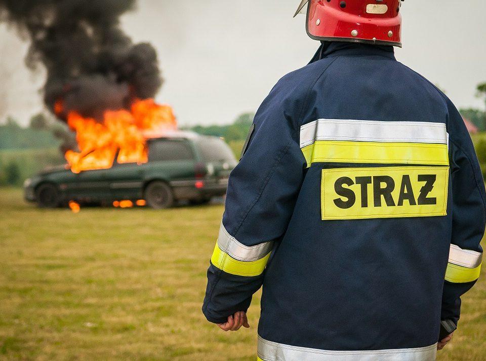 Ogień w samochodzie - co robić? - pomoc drogowa katowice