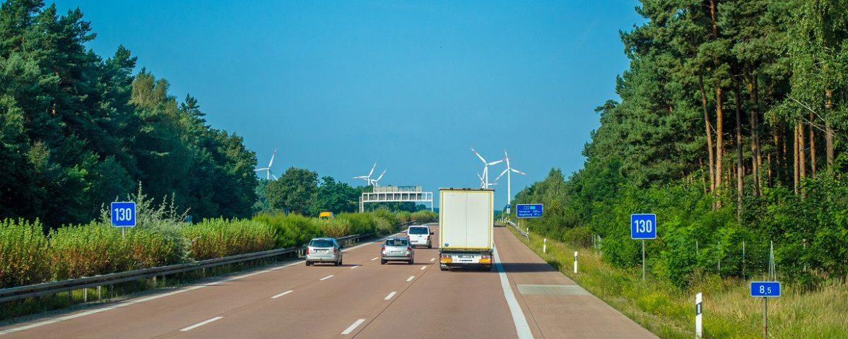 Awaria samochodu na autostradzie - Pomoc Drogowa Katowice