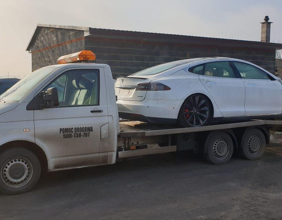 pomoc drogowa pojazd uprzywilejowany