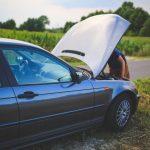 Jak poprawnie i bezpiecznie uruchomić samochód z kabli rozruchowych?